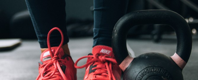 conquer your gym anxiety the modern day girlfriend