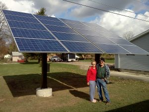 solar-panel-on-pole-of-mount-system