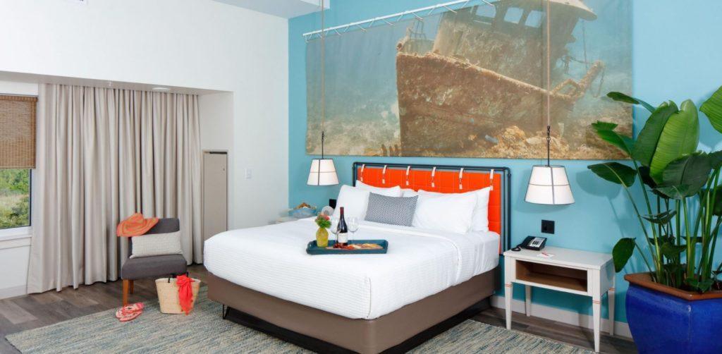 hotel-indigo-Orange-Beach-b-1