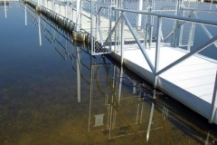 Access management - gangway with security gate