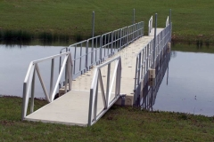 Access management - railings on both sides
