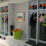 Lakehouse Beach Room