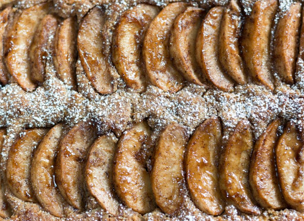 Amazing Caramelized Apple Cake – Gluten Free