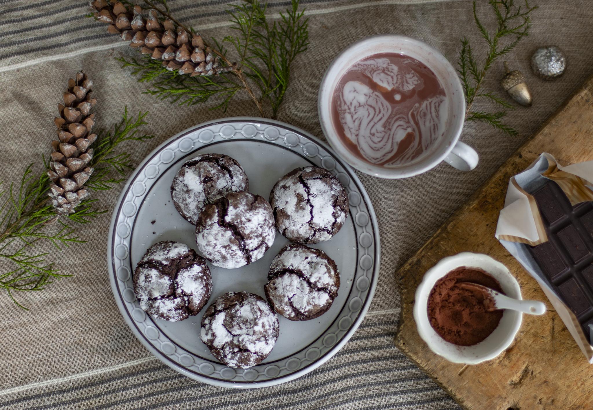 Flourless Chocolate Crackle Cookies