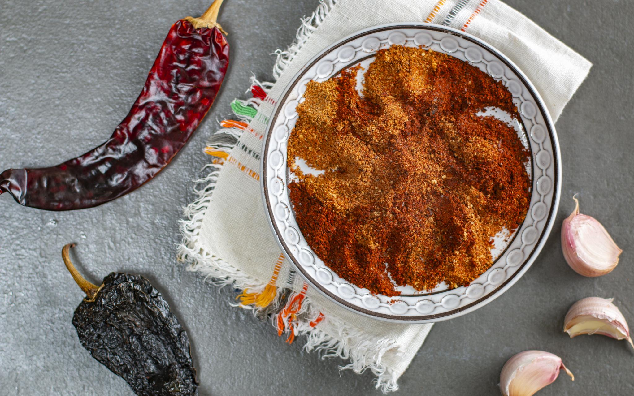 Homemade chili powder with Guindilla Chiles and Pasilla Negro Chiles