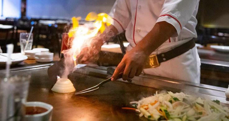 2020_03_27_SAP_Chef Preparing Food