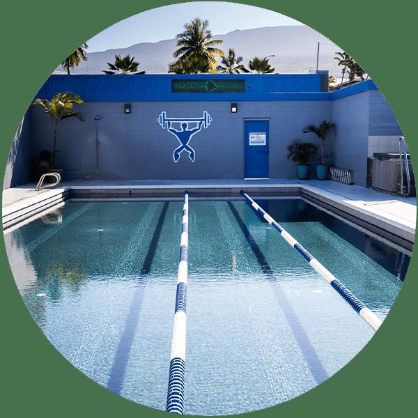 Club Kona pool