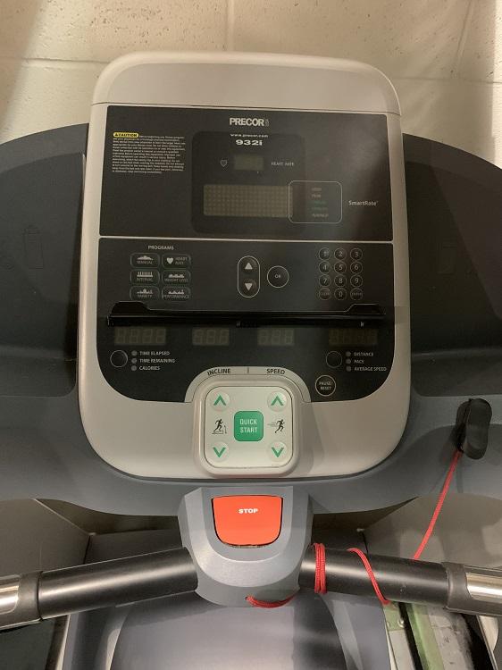 Precor 932i Treadmill