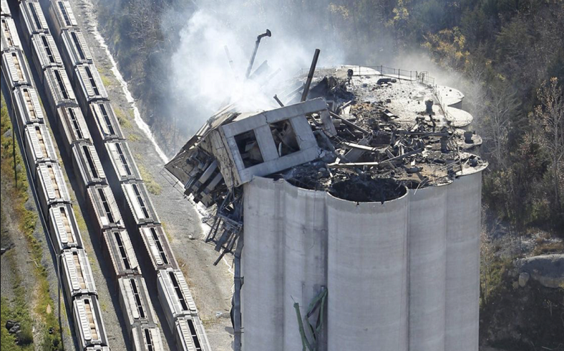 Bartlett Grain - Atchison Kansas. Settling for More: Will a grain explosion lead to greater safety?
