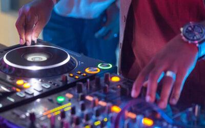 Listen to djemenes Bollywood Mix