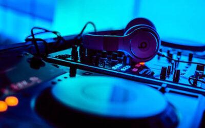 DJ emenes Delivers 'Podcast' Mix