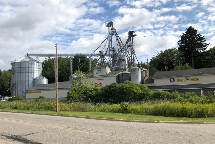 tri-county feed service in new era michigan