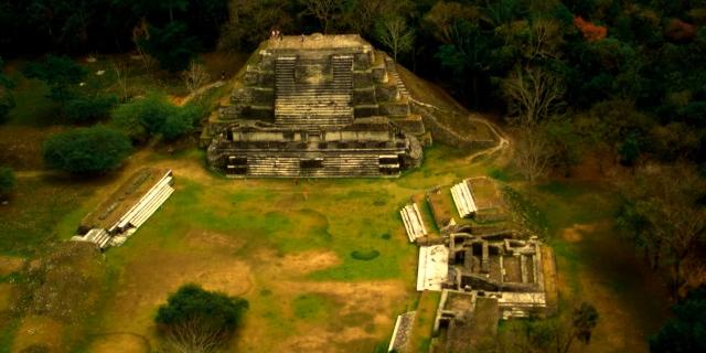 Belize_Archaeology_Maya_Temple_02-big (640x320)