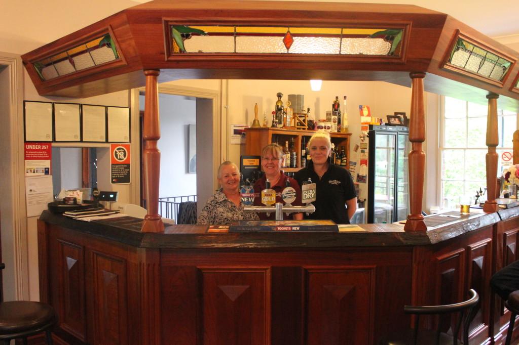 Suesann, Jill & Deb at the Walcha Road Hotel Bar