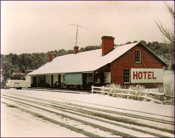 Walcha Road Hotel Historic 4