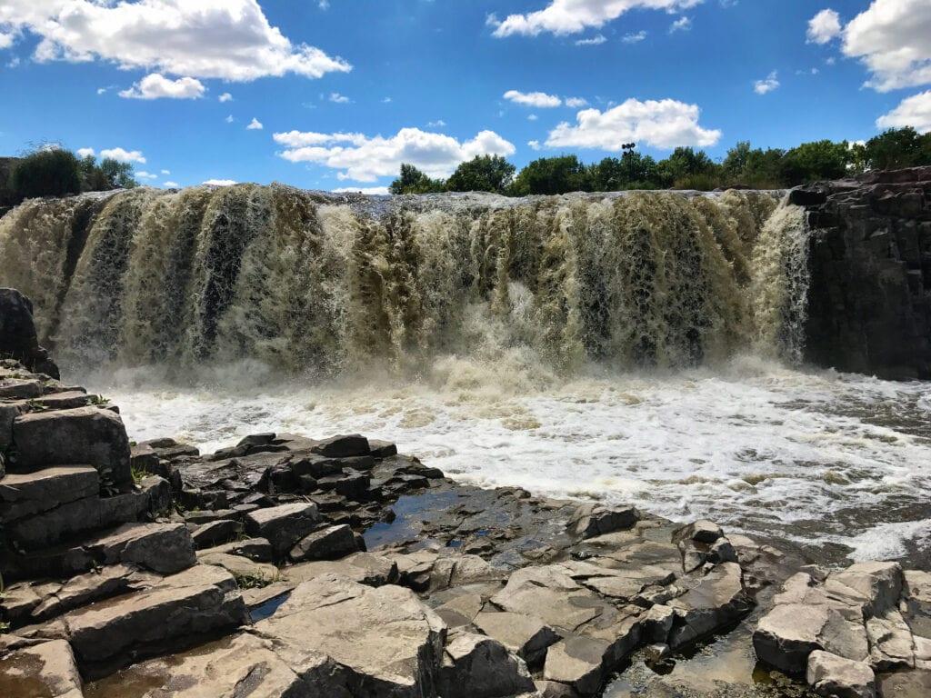 Falls Park waterfalls, sioux falls, SD