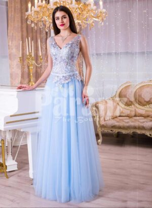 Womens sleeveless evening gown with floor length tulle skirt and flower appliquéd bodice