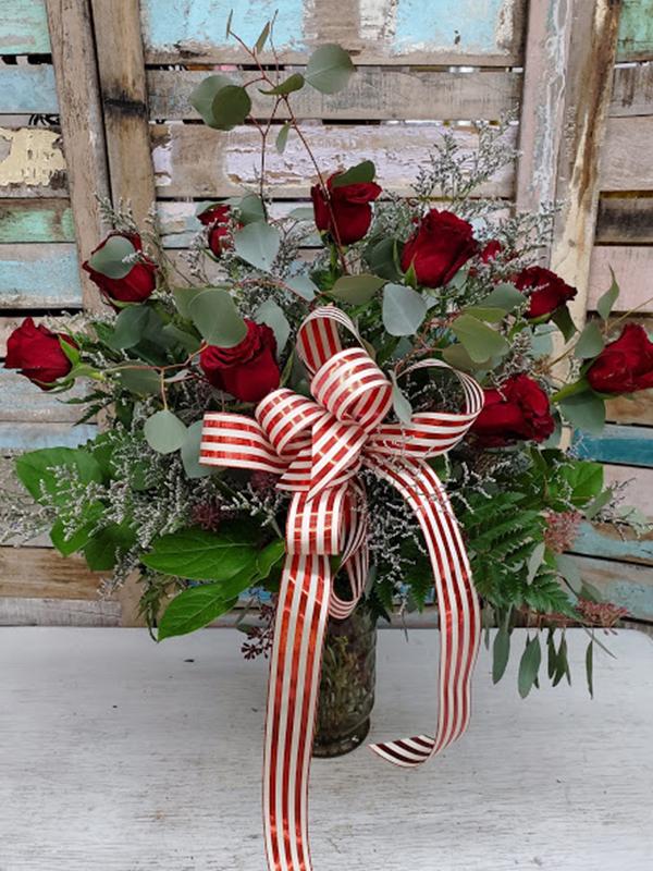 Dozen Rose Vase Red