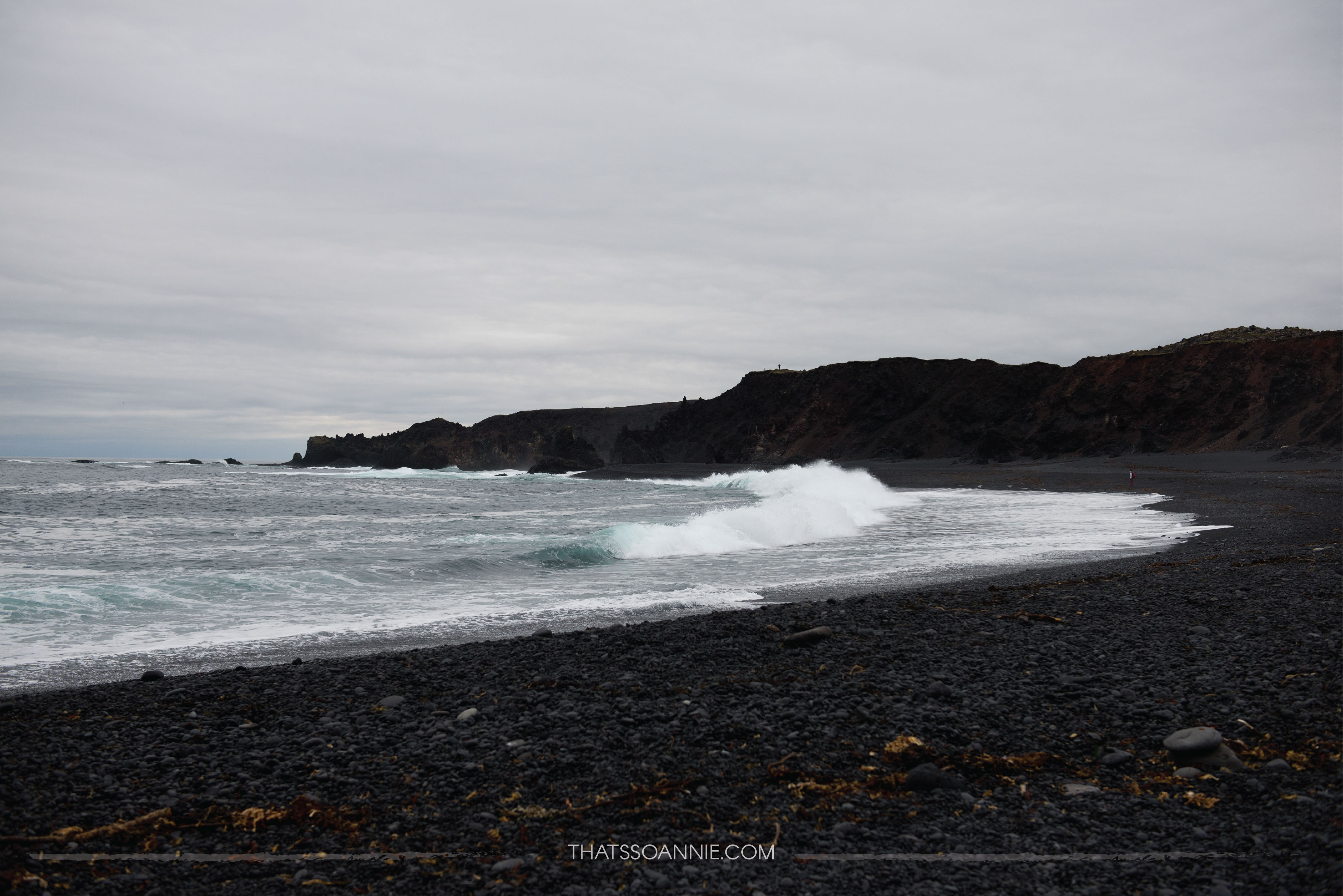 Djúpalónssandur, a black pebble beach | Exploring the Snæfellsnes Peninsula, Iceland | www.thatssoannie.com