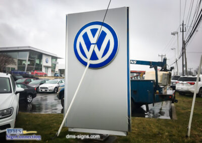 King Volkswagen Pylon Sign Emergency Service Call in Gaithersburg VA