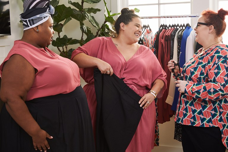 New Clothing Community Part Parcel Gives Plus Size Women A Way To Earn Money Shop Plus To Plus Stylish Curves