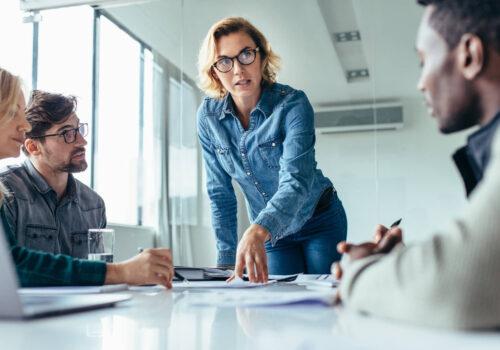 Diferencias-entre-un-jefe-de-programas-y-un-jefe-de-proyectos