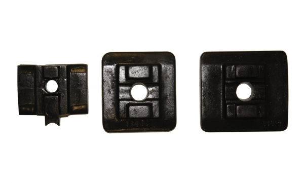 Polyurethane top plates for slider chains