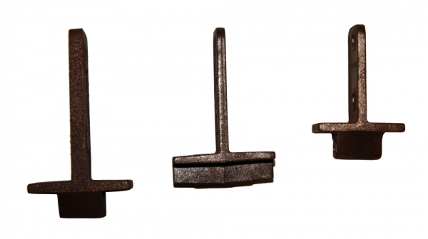 Cast iron bottom plates for monorail I-beam conveyor