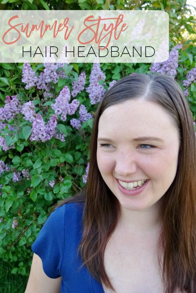 Do you struggle with unmanageable hair once the weather gets nicer?  How about trying this wonderful hair headband hairstyle?