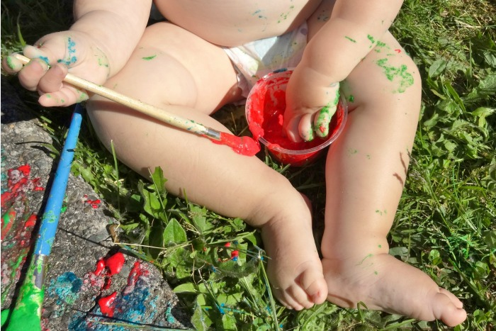 Looking for a great way to keep your toddler busy?  How about edible chalk paint???