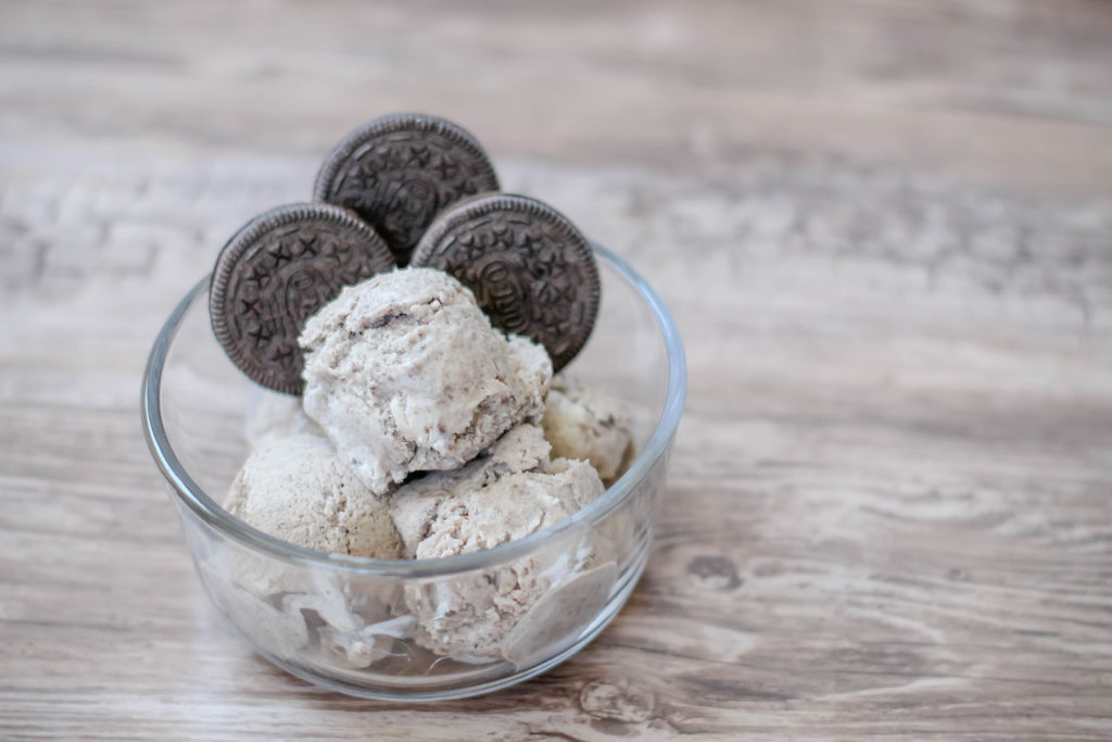 The tastiest no churn dairy free ice cream - coconut oreo flavored! #icecream #oreo #nochurnicecream #dairyfree #dairyfreeicecream #summer #summertime #summertreat