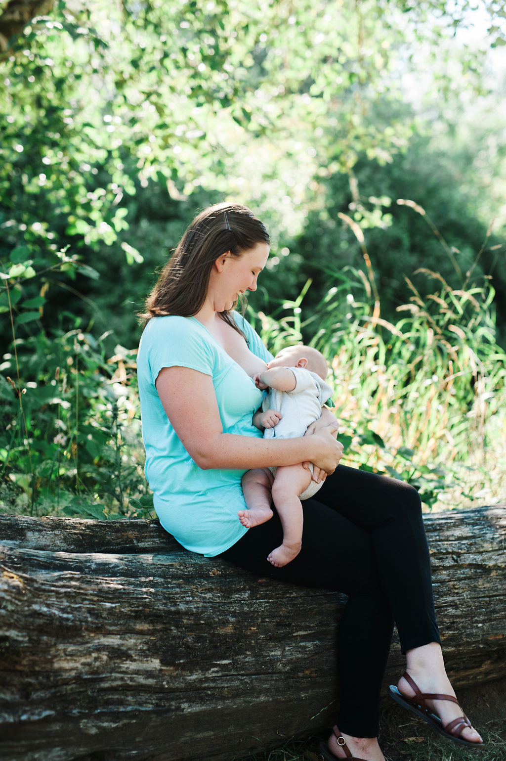 Tips for soothing sore breasts from breastfeeding