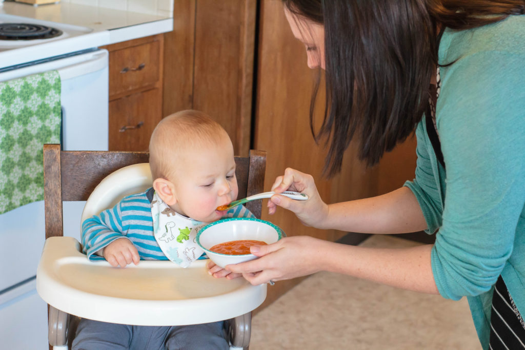 The very best quick guide to feeding a one year old!