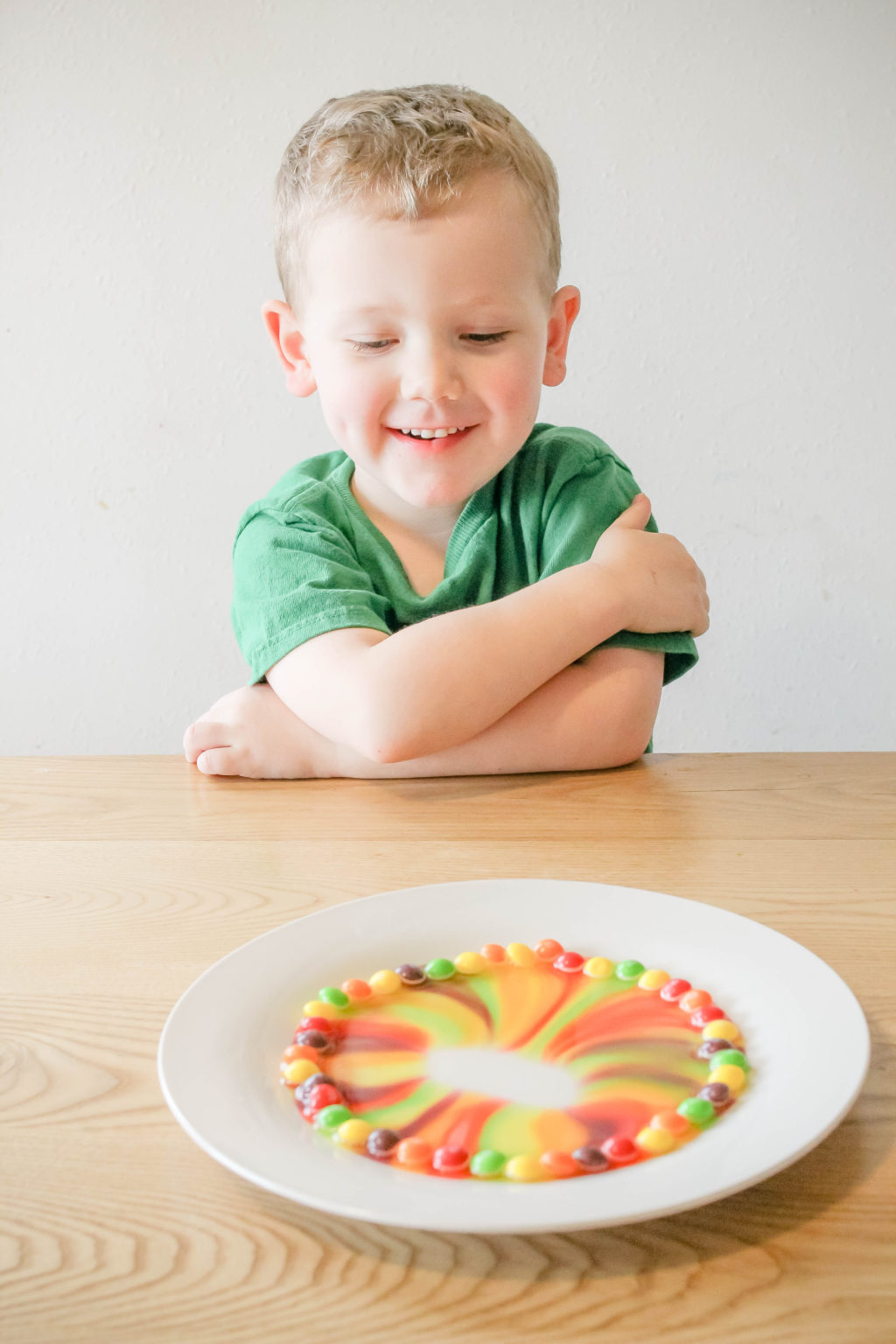 Looking for a unique way to celebrate St. Patrick's Day with your preschooler? These very simple science experiments for kids is a perfect way to combine the fun holiday staples (like the color green and rainbows) with learning. Try these science projects for preschoolers and you won't be sorry!