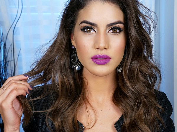 CAMILA COELHO TOP BEAUTY BLOGGER LIPSTICK PURPLE