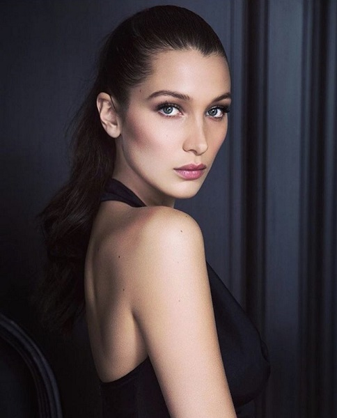 bella hadid angel