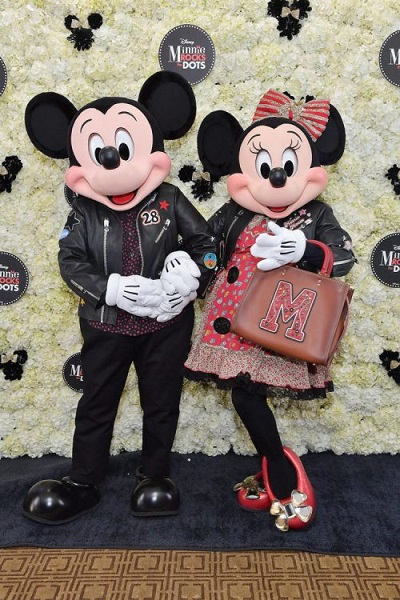 mickey e minnie e coach 2018 disney