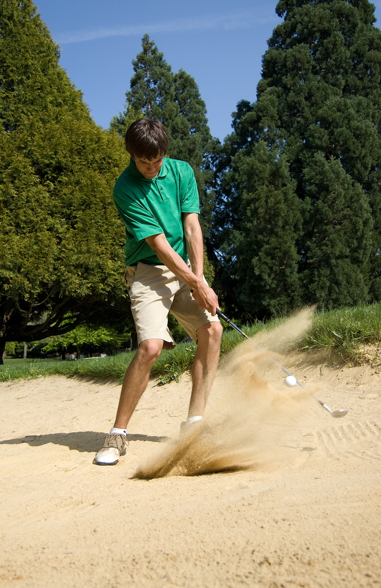 Golf_Bunker_shot_1