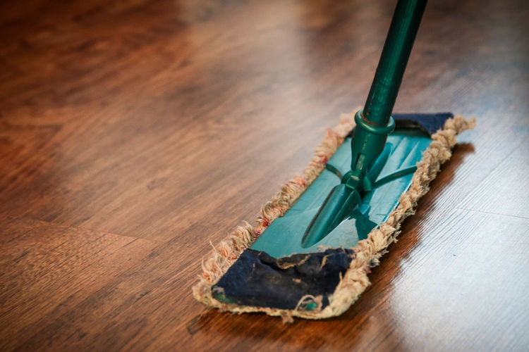 Keeping Floors Clean During The Holidays
