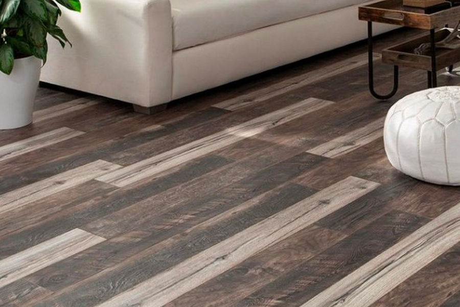 Laminate Flooring Services