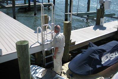 FloatStep custom ladder with 7 steps
