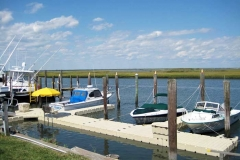 Floating Dock Systems - EZ Dock system with accessories (umbrella, benches and dock box)