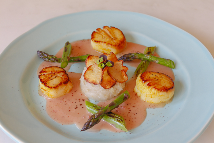 Scallops with Home Made Rhubarb Vinegar Butter Sauce – Mashed Jerusalem Artichokes and Charred Asparagus