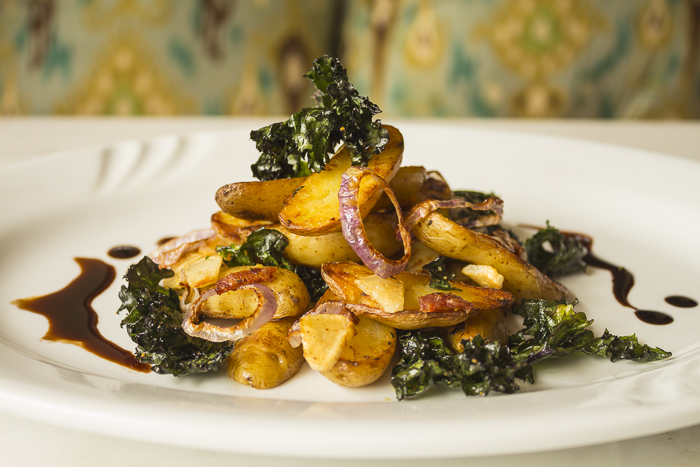 Perfectly seasoned with caramelized shallots and garlic... and kale that comes out crispy!