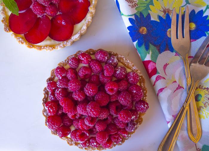 Raspberry Tart with Ricotta Pastry Cream – Gluten Free