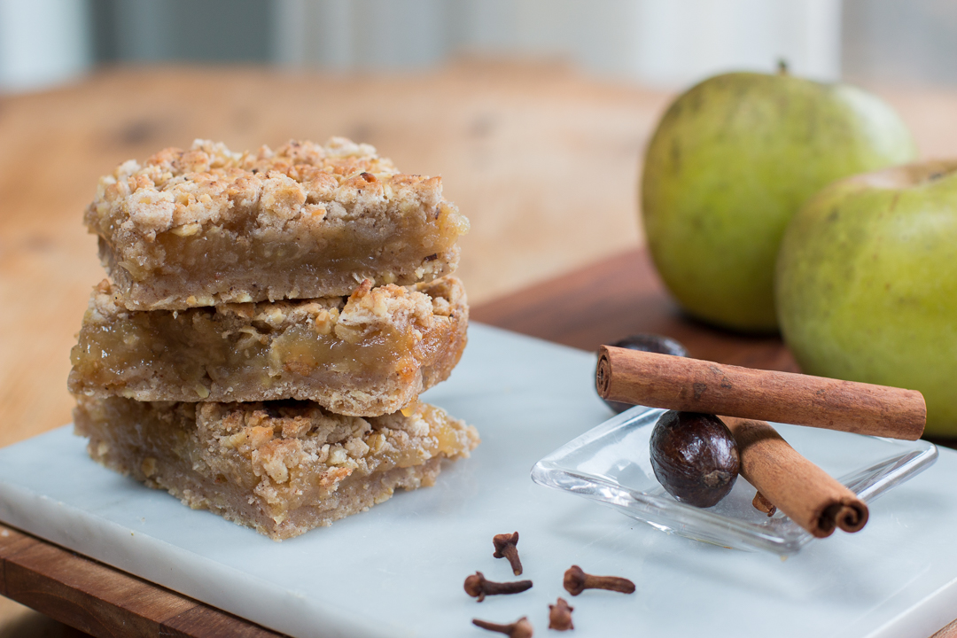 Tastes like an apple crumb pie in a bar! Not too sweet with a touch of warm spices.