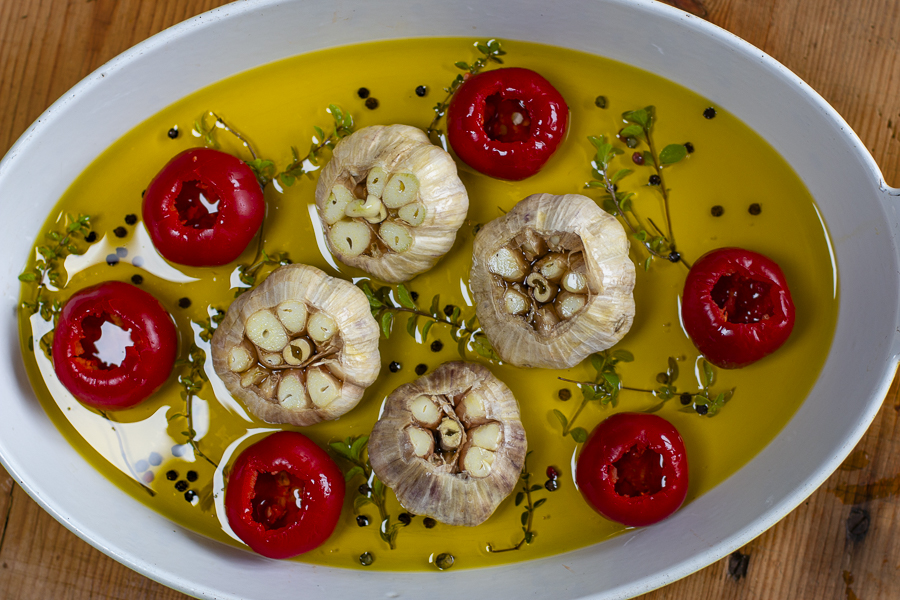 How to Roast Whole Garlic Heads in Olive Oil and How to Use It