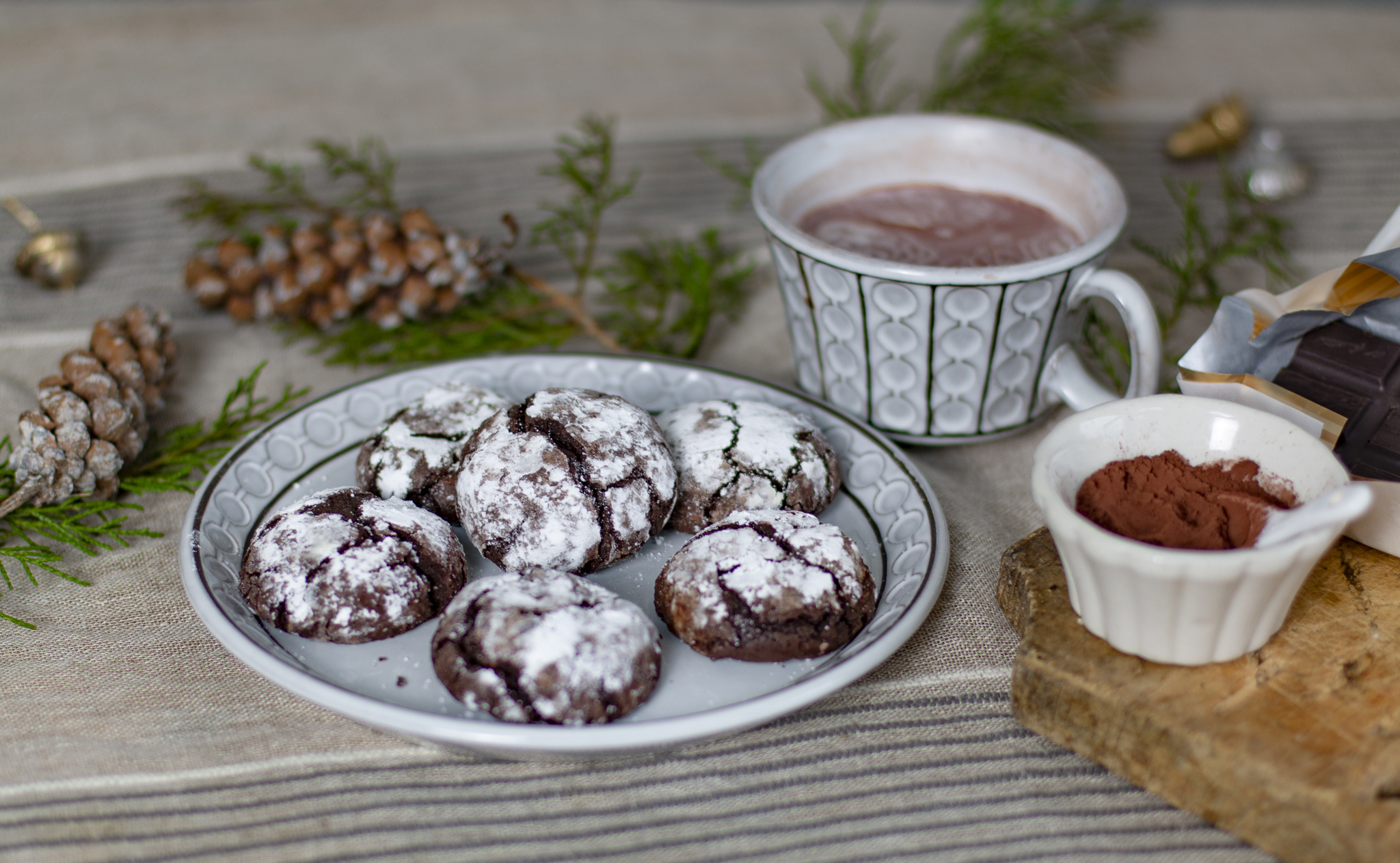 Flourless Chocolate Crackle Cookies