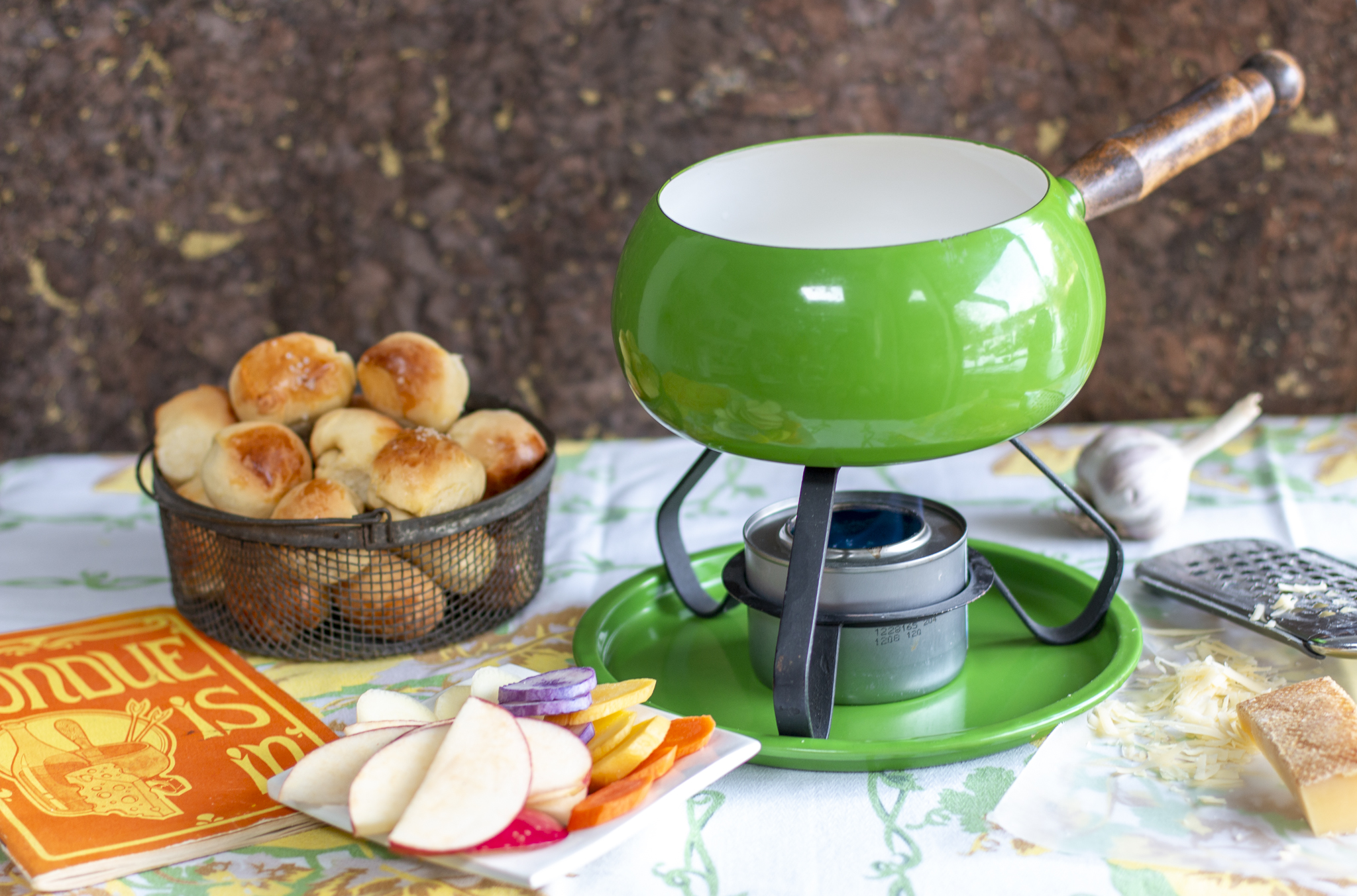 my vintage apple-green 70's pot with my Cheesy Swiss Fondue with Garlic & Chives