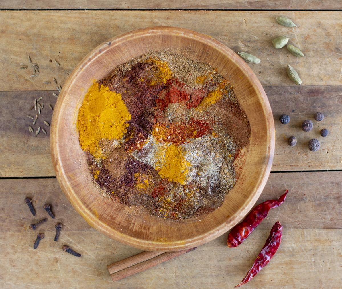 Iraqi Seasoning Mix with 11 seasonings in a vintage bowl